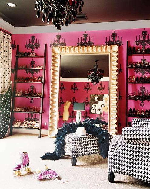 Miley-cyrus-bedroom-3